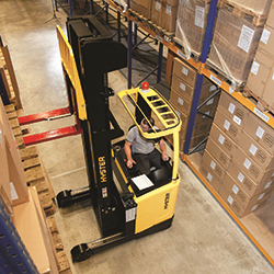 24 Hours in the Warehouse with Hyster