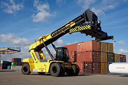 Award-winning_Hyster_RS_45-46_increases_fuel_efficiency_and_reduces_costs
